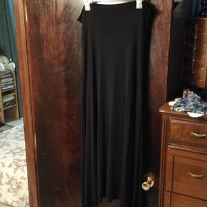 🦄 NWOT Lularoe skirt solid black